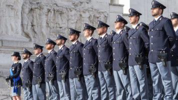 Concorsi per diplomati nella Polizia
